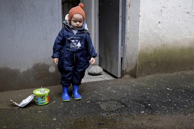Bata rubber rain boots child chalk
