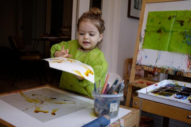 Child Printmaking Monoprinting Plexiglass MÅLA Easel Long Sleeve Apron