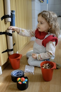 Kinesthetic Activity Paper towel or toilet paper cylinders Find time to yourself Mommy Time Toddler Preschooler