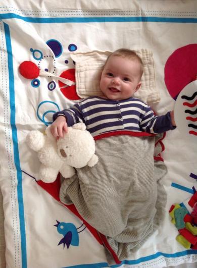 Deuz Baby Mat Finger Puppets Organic Plush Bear