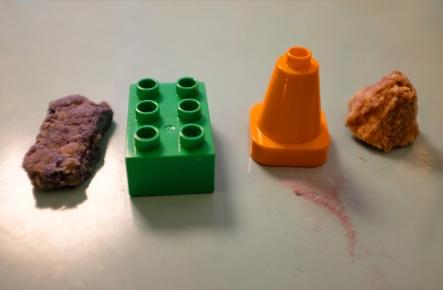 DIY crayons Legos