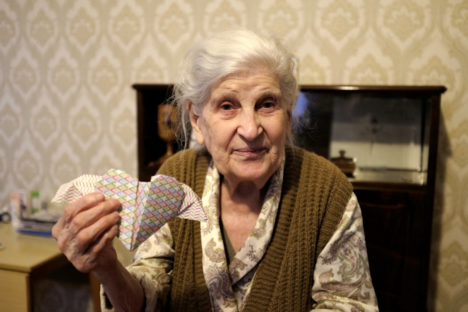 origami heart with wings gift for great-grandmother